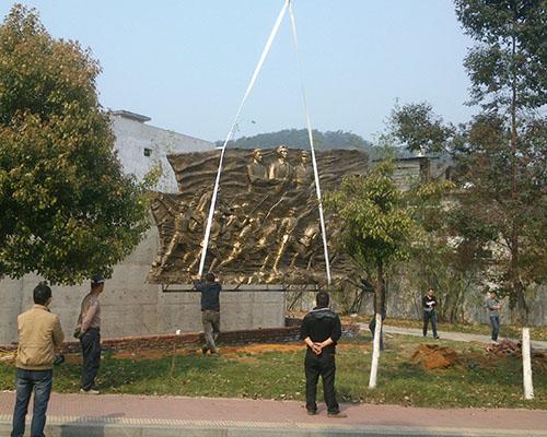 簡述莆田不銹鋼雕塑的不銹鋼加工注意事項
