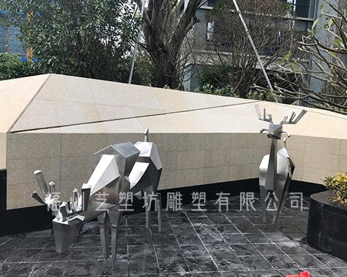 不锈钢动物雕塑