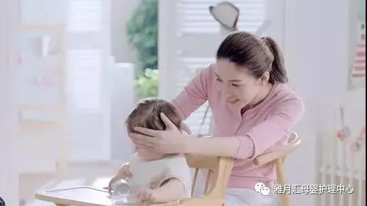 产后坐月子如何做好乳房保健?