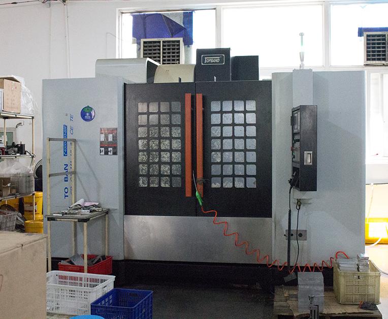 数控机床三轴线轨CNC加工中心