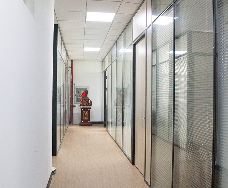 福州奕扬机械公司办公区域 (1)