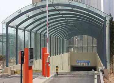 遮雨棚钢结构