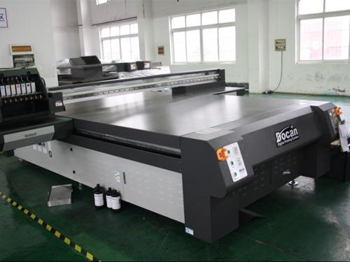 东川UV平板打印机