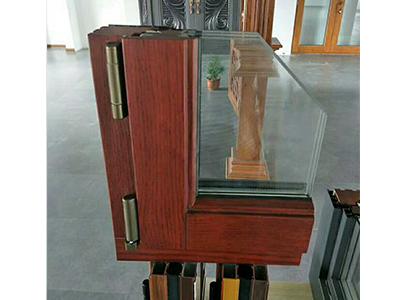 铝包木窗框