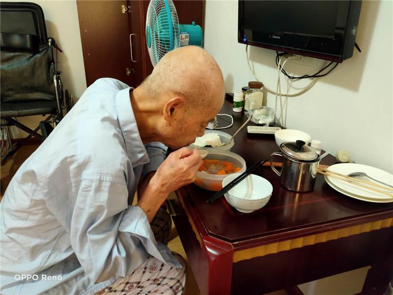 桂林养老院提醒:老年人饮食要注意这几点