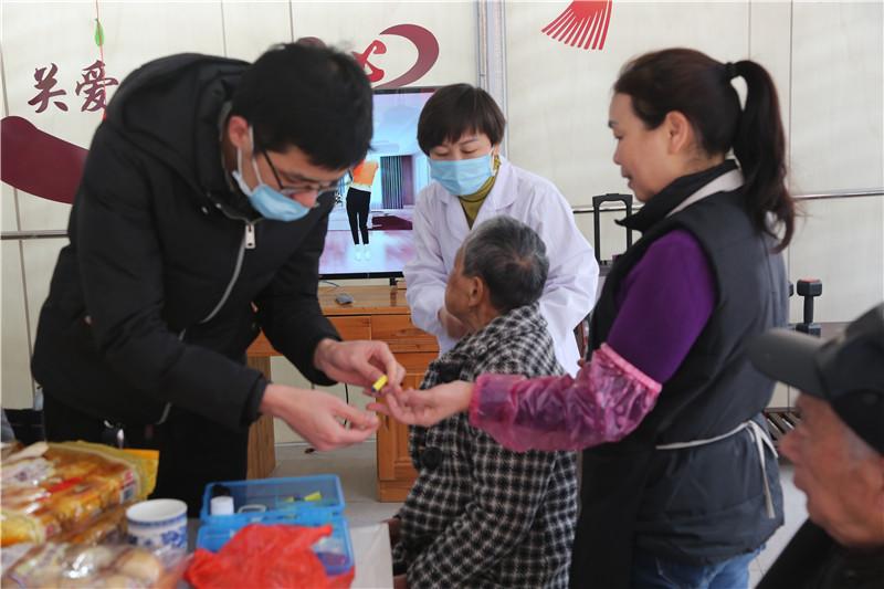 桂林养老院测血糖