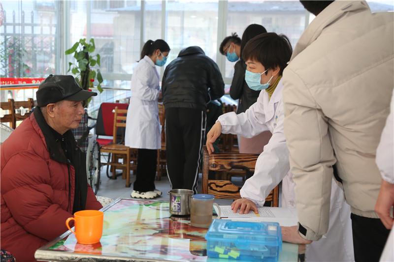 桂林老年公寓血压检测