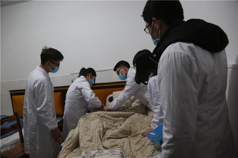 桂林秀峰养老院卧床患者护理