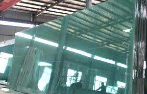 鋼化玻璃廣泛應用與多個領域