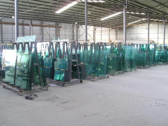 鋼化玻璃廠家