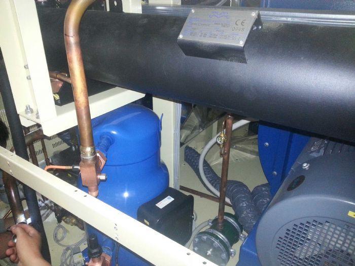 水冷渦旋式冷水機