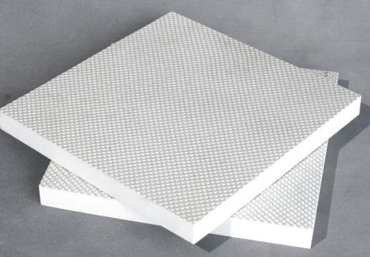 說說和傳統隔熱材料相比,聚氨酯保溫板的優勢在哪里?