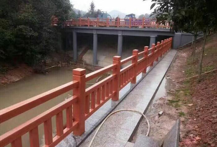河提水泥护栏