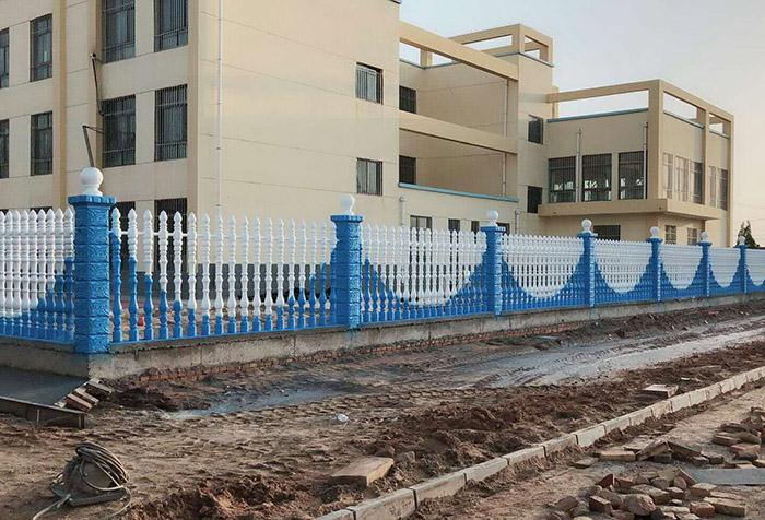 小区水泥围栏