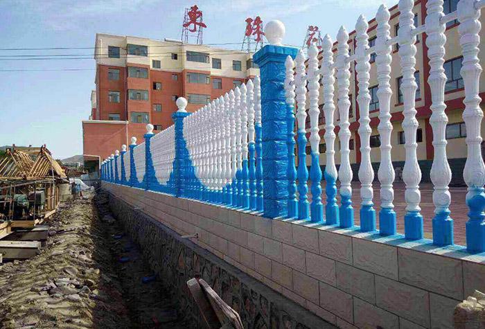 靖远东珠花园小学水泥仿石围栏