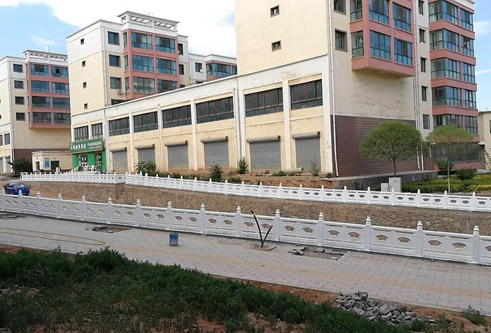 白银西环路仿石栏杆施工工程