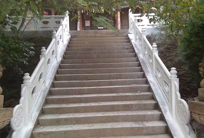 白银四龙镇仿石护栏设计施工