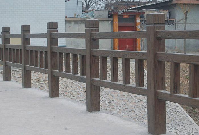 兰州水泥仿木护栏出现裂横的原因以及防止方法