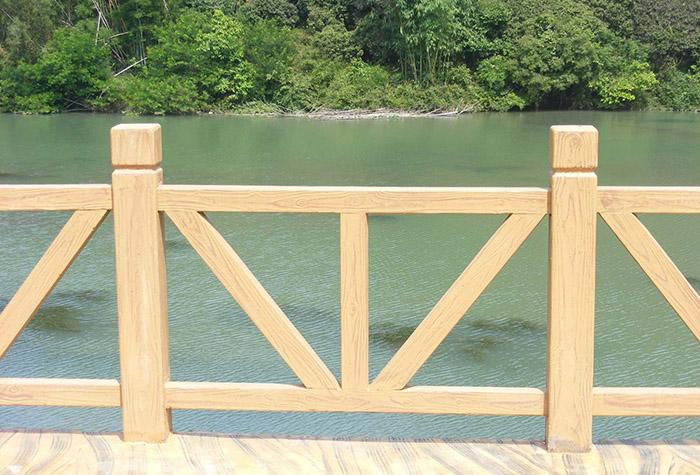 购买兰州水泥仿木栏杆需要注意什么细节?