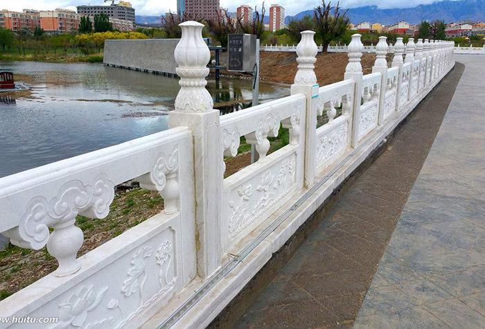 兰州水泥围栏厂家专业生产兰州水泥艺术围栏