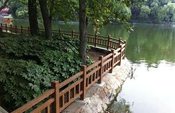 南平水泥仿木栏杆属于新型制品以及正确存放技巧