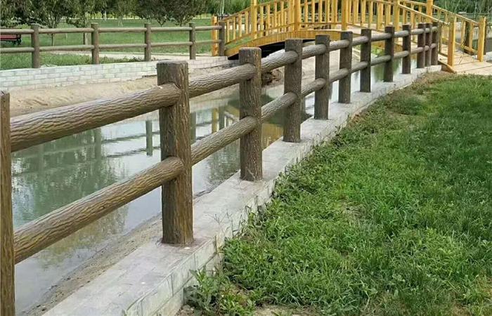南平水泥仿木栏杆的发展更加走向个性化