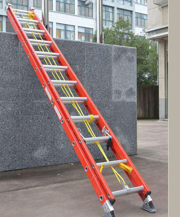 兰州铝合金梯搬运