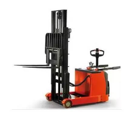 全/半电动堆垛车该如何维护保养?