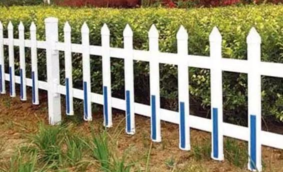 甘肃兰州富林护栏网厂家带您了解道路护栏网的规格以及价格