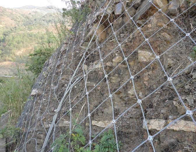 定西边坡防护网厂家简述边坡防护网安装注意事项