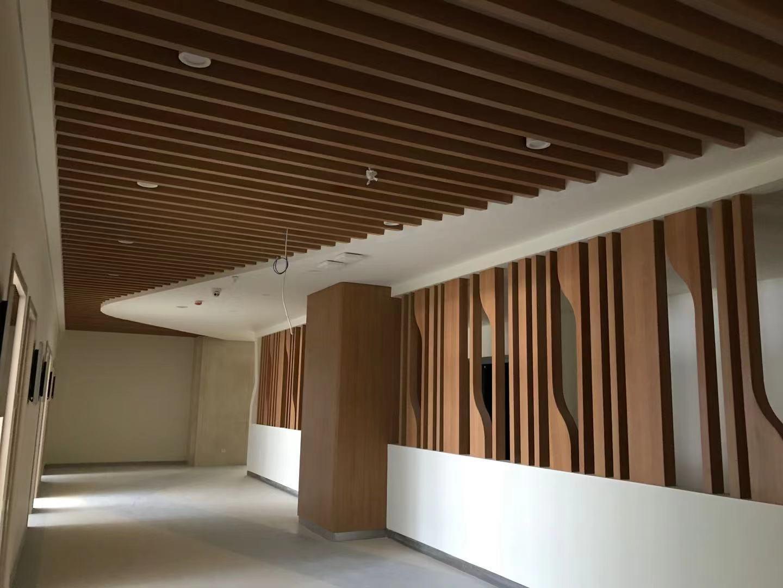 临夏异型木纹铝方管