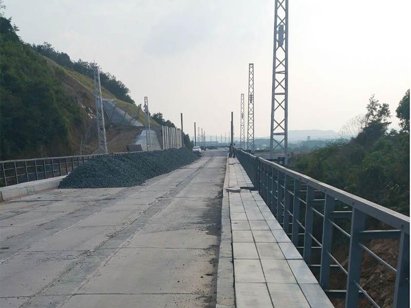 九景衢铁路江西JQJZQ-3标电缆槽生产及安装