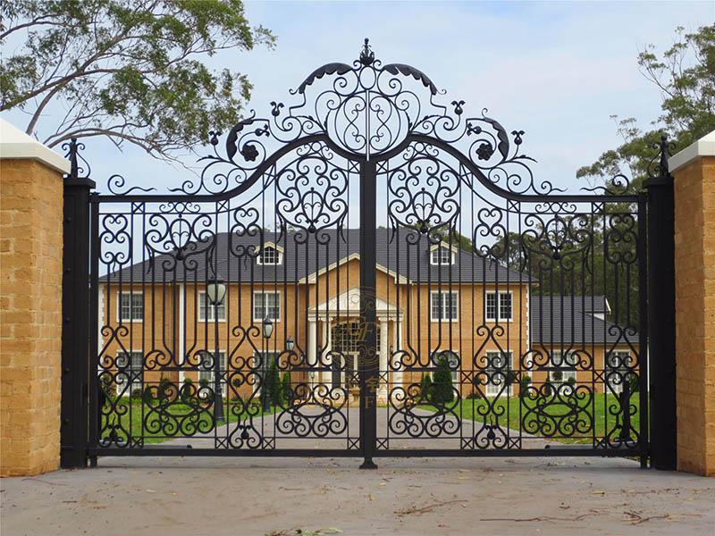 欧式铁艺大门是如何建造的