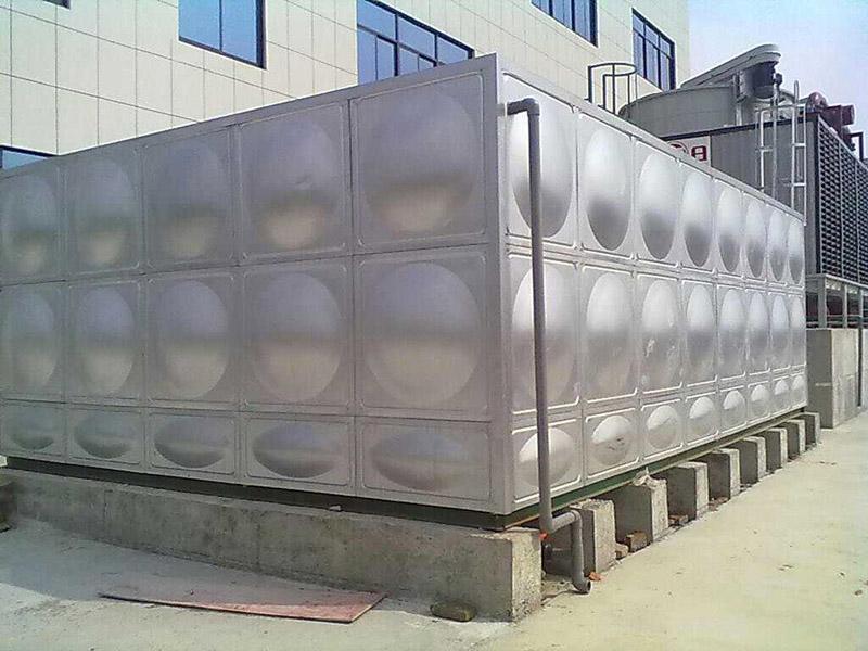 薄壁不锈钢水箱