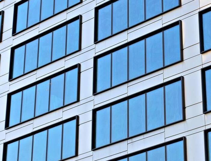 兰州玻璃幕墙安装公司