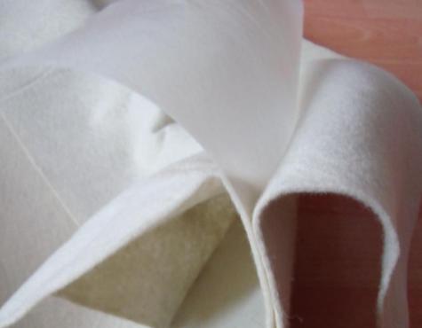 天水土工膜生产厂家分享复合土工膜的特点和用途