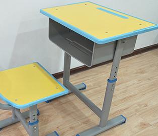 天水課桌椅廠家分享如何為孩子選擇合適的課桌椅?