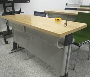 甘肃双人双层学生课桌椅