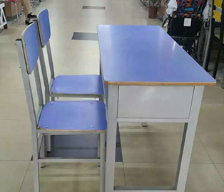 小学生双人课桌椅