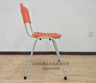 学校教室凳子
