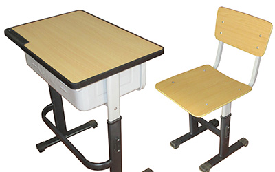 我们在上学时的中小学课桌椅尺寸达标吗?