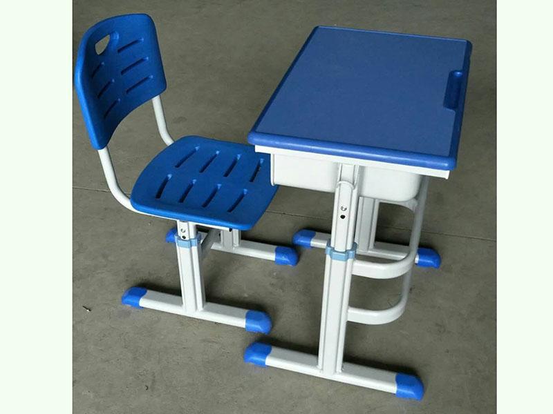 蘭州學生課桌椅價格