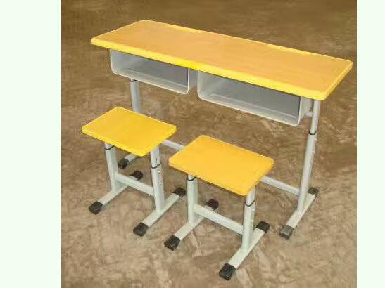 學生課桌椅價格的合理范圍是什么樣子