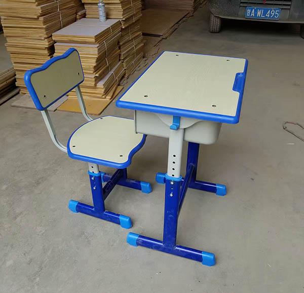 蘭州單人課桌椅廠家定制