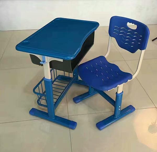 甘肅課桌椅定做多少錢