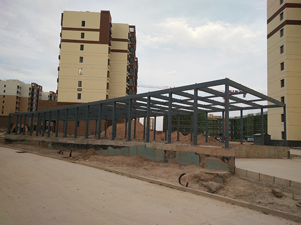 甘肃兰州市新区汽车通道钢架钢结构工程