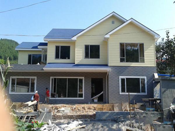 轻钢别墅的维护费用和工程预算是多少?