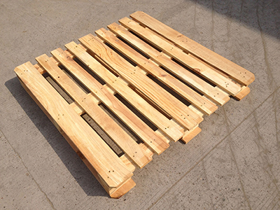 木托盘的用处很多,那么在室内如何应用木托盘呢?