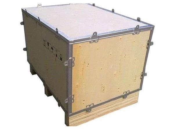 大木箱厂家告诉您钢带包边木箱的优点