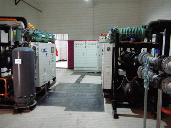 西安交通大学管束试验台聚氨酯冷库保温工程